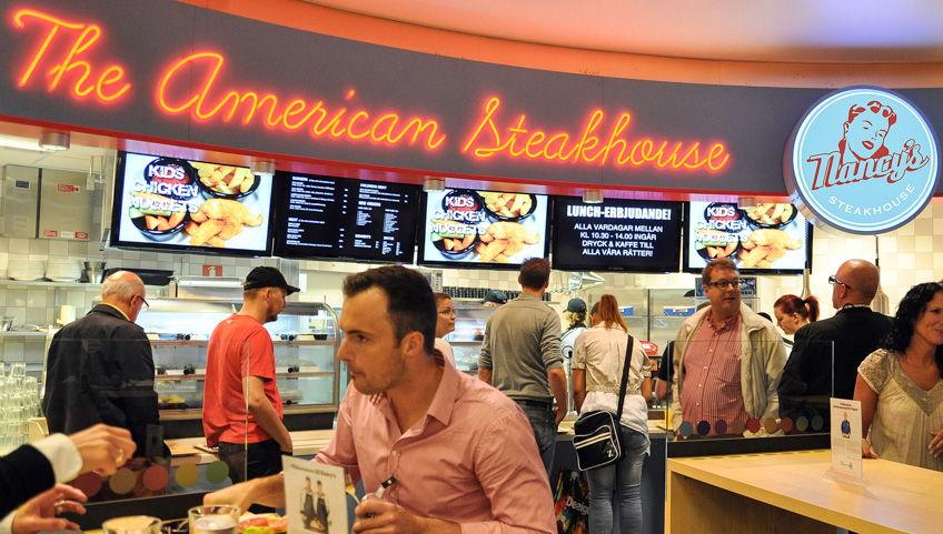 Nancys Steakhouse använder InfoChannel System Restaurang